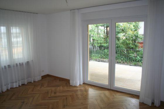 In Topplage Wiesbaden S Neuwertige 2 Zimmer Erdgeschosswohnung